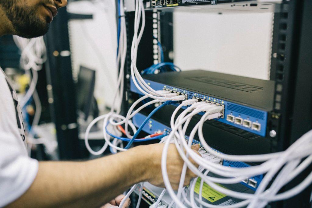 blur computer connection electronics 442150